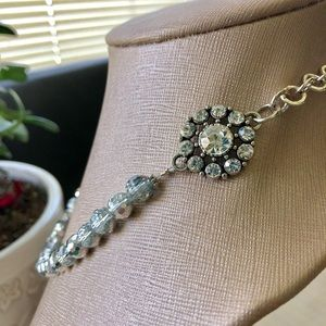 Jewelry - Gorgeous Silver Sparkle Charm Bead Necklace